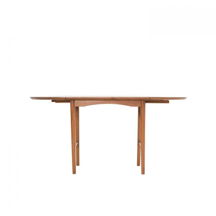 Fika Swedish Extendable Oval Dining Table (1600)