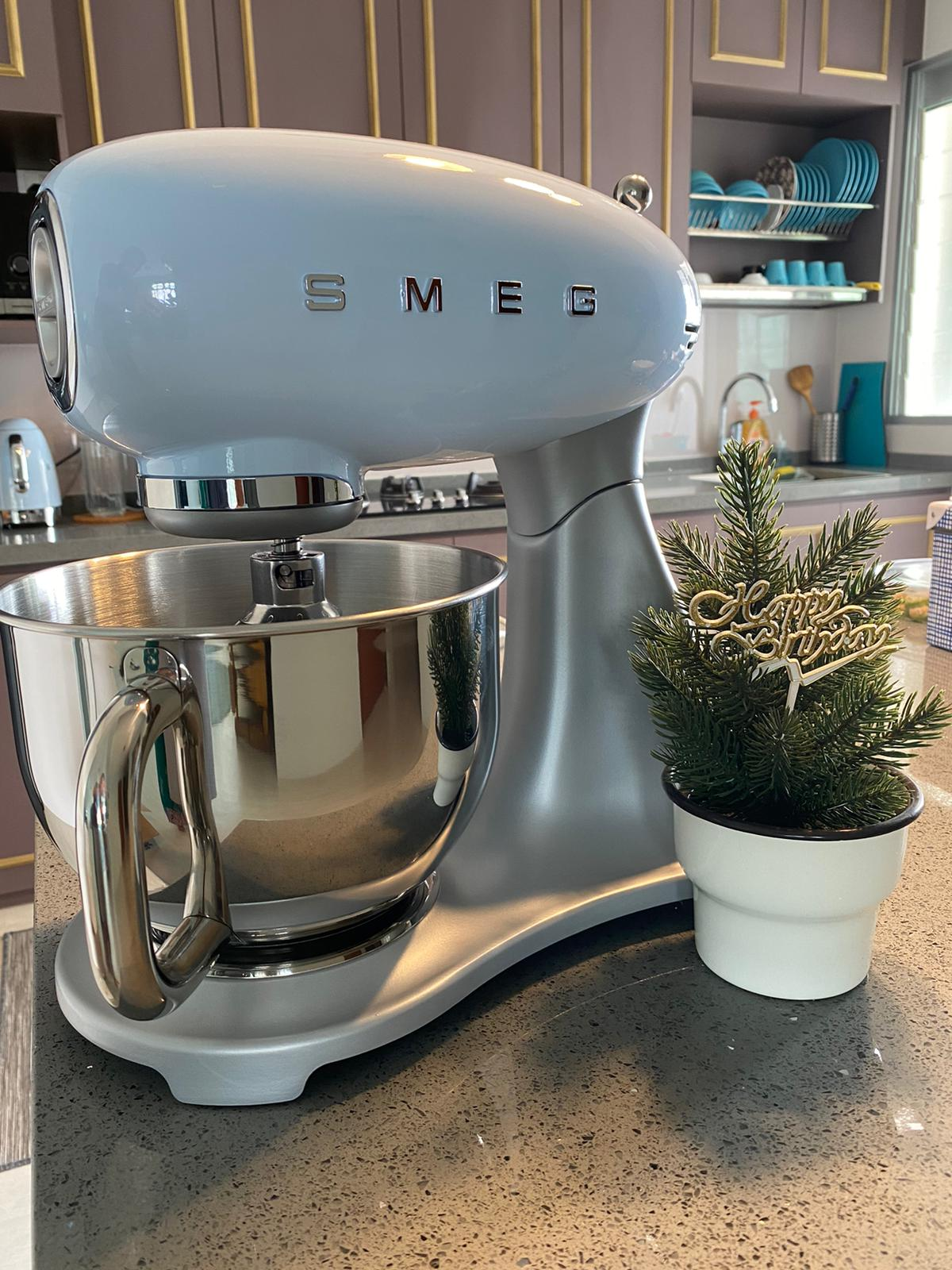 smeg_stand_mixer_small_kitchen_appliance_by_born_in_colour_singapore_furniture_online