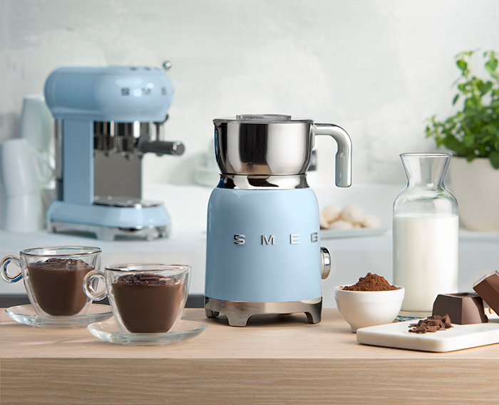 smeg_milk_frother_pastel_blue_scenic_by_born_in_colour