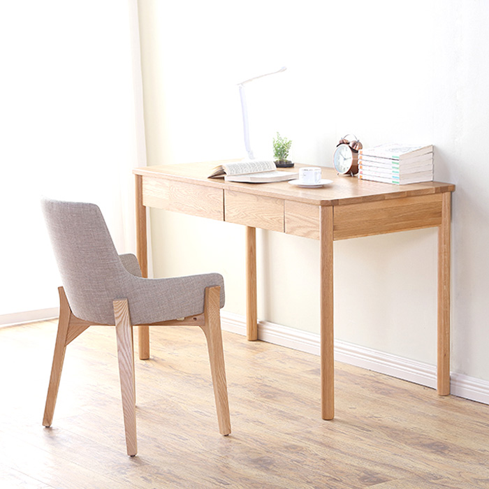 Yasu-Nature-Solid-Oak-Study-Desk-_1200_Scene1